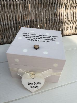 Shabby Personalised Chic Auntie & Uncle Aunty Great Aunt Gift Trinket Box
